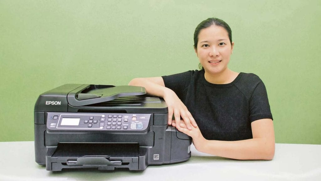 Ms Lam Sze Wei, Business Director for Sales and Marketing, iT-DNS